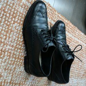 Cole Haan Shoes - Black oxfords